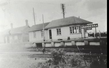 Unanderra Station c.1940